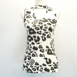 red haute Choker Keyhole Neck Fitted Printed Top